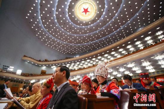3月5日,十三届全国人大一次会议在北京人民大会堂开幕。中新社记者 刘震 摄