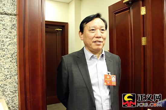 全国政协委员、国家林业局副局长刘东生。徐日丹 摄