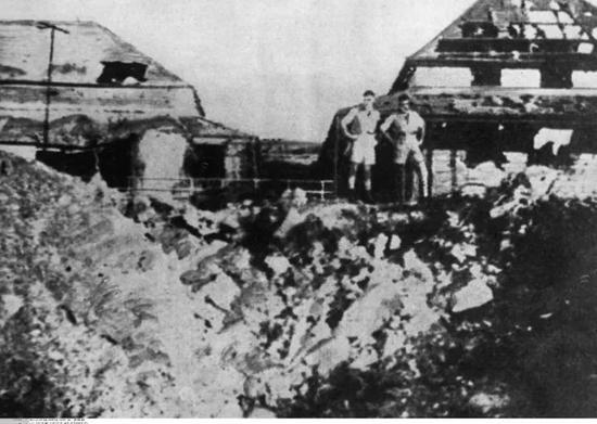 """△日本袭击达尔文港被称为澳大利亚的""""珍珠港事件"""""""