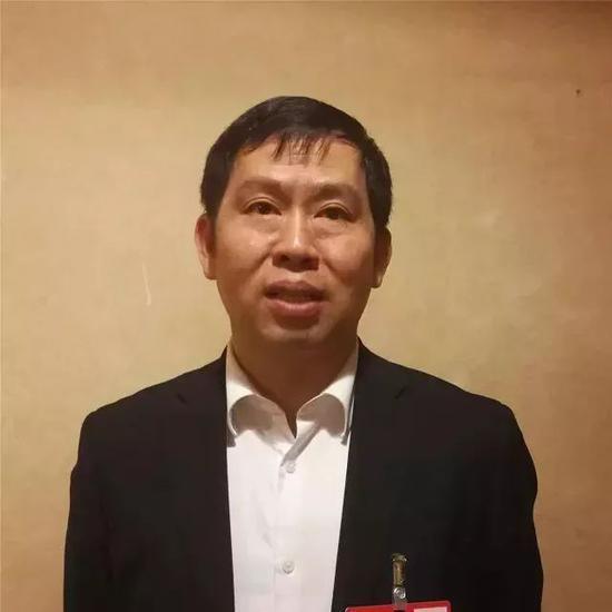 全国人大代表、清华大学节能与新能源汽车工程技术中心副主任 方运舟
