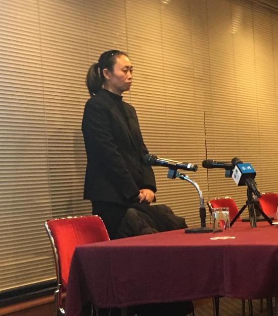 江歌母亲在东京时间6点召开发布会