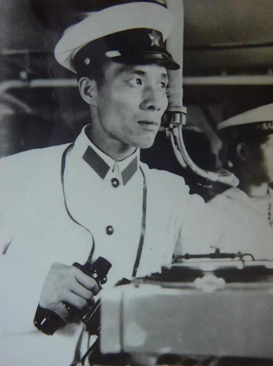 艇长肖德万44年过去了,18烈士依然在深航岛的热土上,看护着西沙的宁静。
