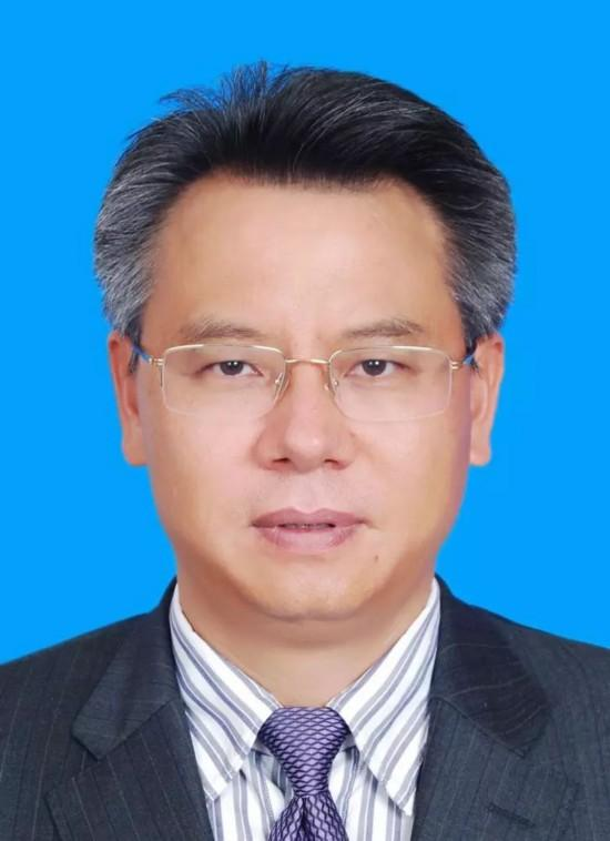 刘平治同志简历