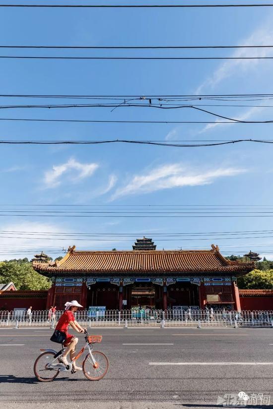 除了雾霾 解决了这个问题才能还北京城一片纯净蓝天