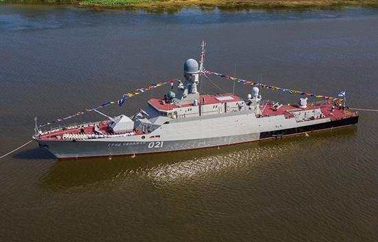 21631型导弹舰,配备了舰炮、防空导弹和巡航导弹等武器