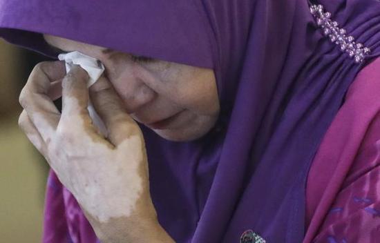 MH370失联乘客家属:只要给我证据 任何结果都接受