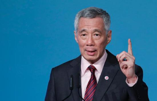 新加坡总理李显龙 东方IC 资料