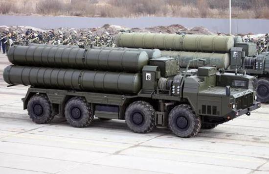 俄罗斯客岁背中邦交付S-400,本年为土耳其供给,跟着取印度签订正式条约,最早可正在2020年交货