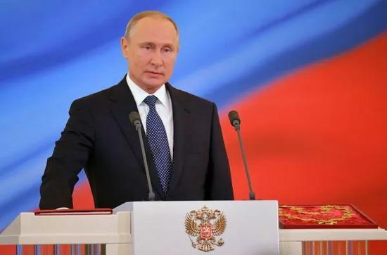 ▲5月7日,俄罗斯总统普京在莫斯科克里姆林宫举行的就职典礼上讲话。(新华社/卫星社)