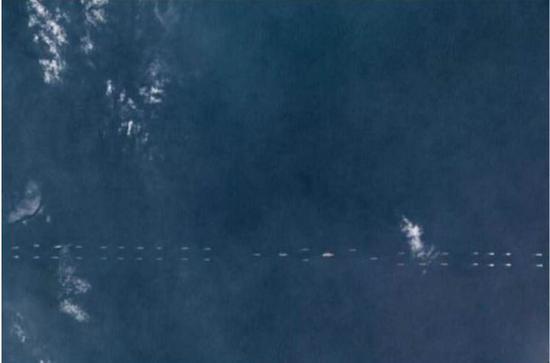时时彩计划app:40余战舰簇拥辽宁号_或首次组航母战斗群红蓝对抗