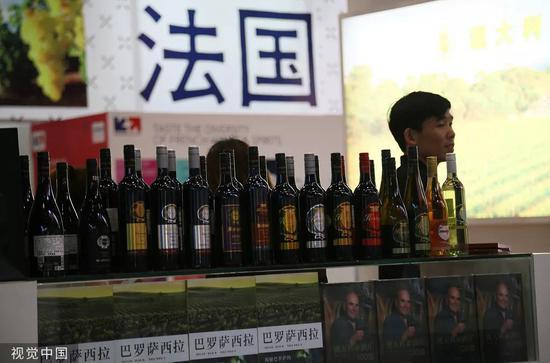 法國葡萄酒展臺。圖片來源:視覺中國