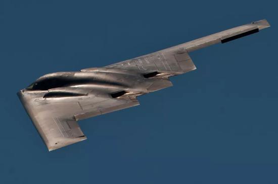 美军B-2A战略轰炸机