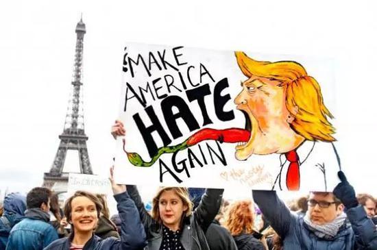 ▲欧洲上万人游行抗议特朗普
