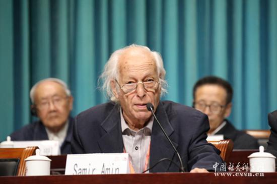 萨米尔・阿明出席第二届世界马克思主义大会 图片来自中国社会科学院