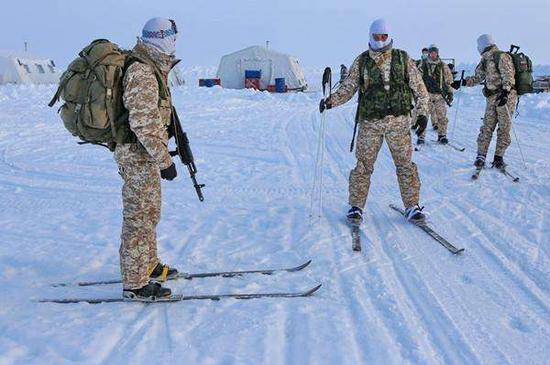圖?在北極地區部署的俄軍