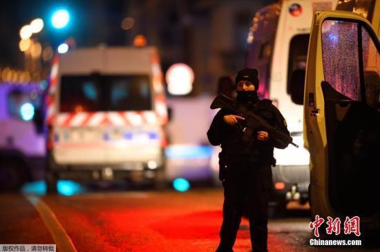 資料圖:當地時間12月11日晚,法國東部城市斯特拉斯堡市(Strasbourg)一處聖誕集市附近發生槍擊案。