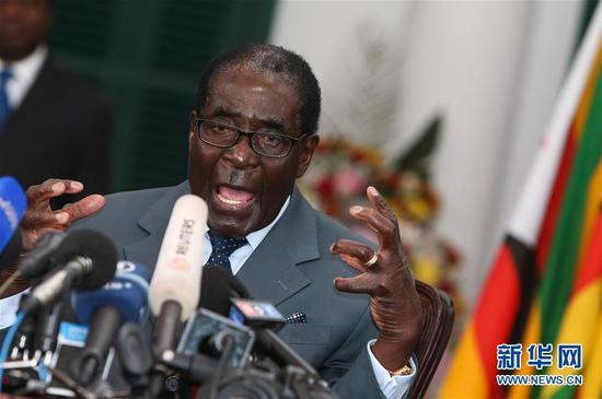 材料图:津巴布韦前总统穆减贝