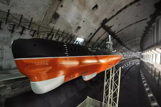 ▲图为巴推克推瓦公开潜艇基天内的潜艇复原模子。(巴推克推瓦公开潜艇基天旅游网站)