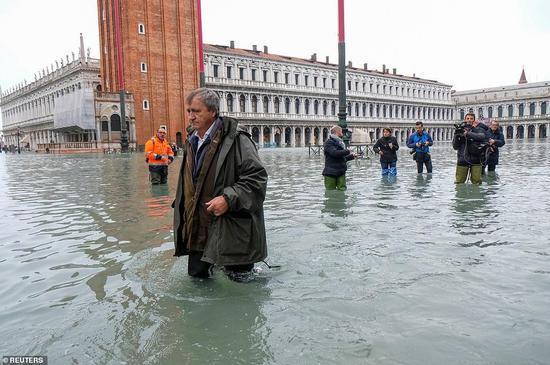 2019年11月,威尼斯遭遇半世纪以来最严重洪灾。图源:路透社
