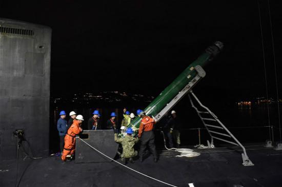 [高德招商]当天批高德招商准售台18枚重型鱼雷图片