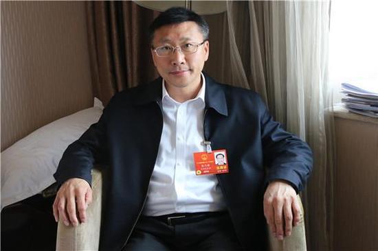 全国人大代表、民革吉林省委会副主任委员郭乃硕。 央广网 图