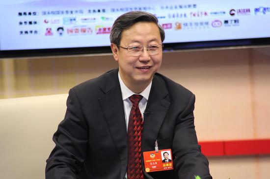 全国政协委员、中国民航信息集团有限公司董事长、党委书记、总经理崔志雄