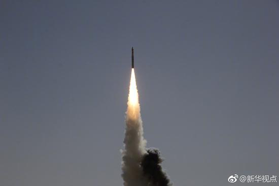 """长征十一号固体运载火箭将""""珠海一号""""五颗卫星精确送入预定轨道"""