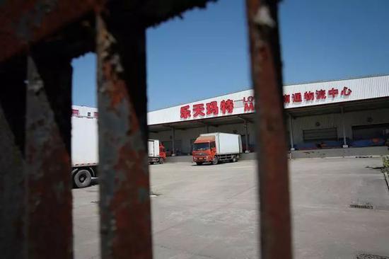 (鼎盛时期,乐天玛特在全球拥有零售店面291家,中国区店面占比四成。图/视觉中国)
