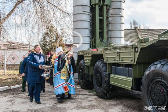 资料图:俄军S-400导弹部署克里米亚