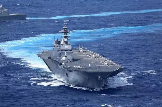 日本出云级直升机母舰确实具备改造为轻型航母的潜质。