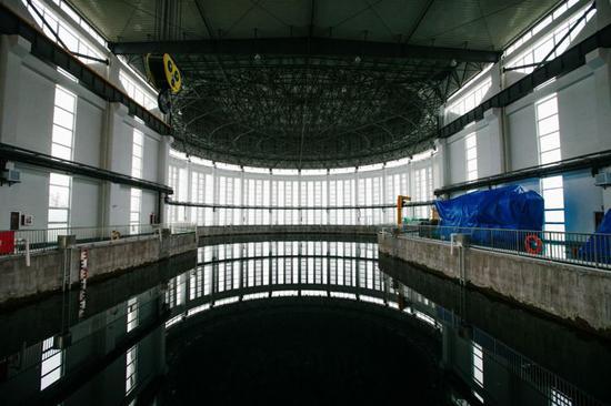 试验水池:用于为大型装备,提供水环境性能和功能测试     李昊  摄