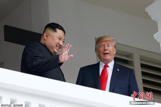图为金正恩与特朗普会晤现场。