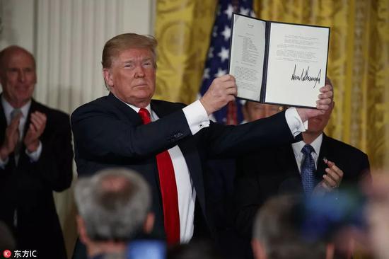 特朗普签署国家太空委员会第三个太空政策指令