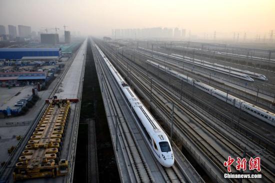 西成高铁广元段受暴雨影响多次列车晚点停运