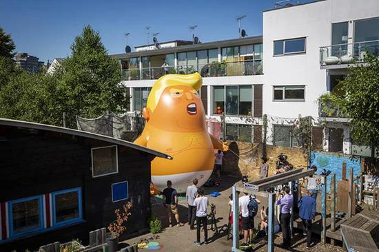 """由部分英國民衆籌款發起的""""讓川普寶寶飛""""的氣球將在倫敦市中心放飛。圖片來自網絡"""