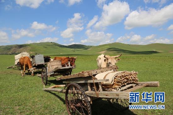 """""""辉苏哈都""""牧人之家摄影基地。(新华网 呼很苏力摄)"""
