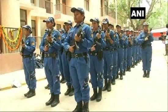 印度首支女子特警队(印度ANI新闻社)