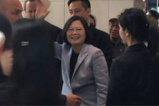 台湾地区领导人蔡英文过境洛杉矶(图:台湾《联合报》)