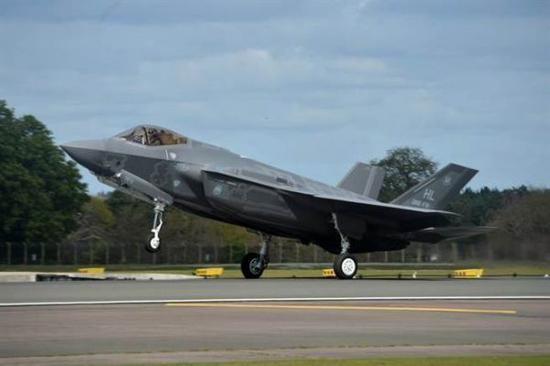 F-35是美军最先进的多功能隐形战机(台湾中时电子报)