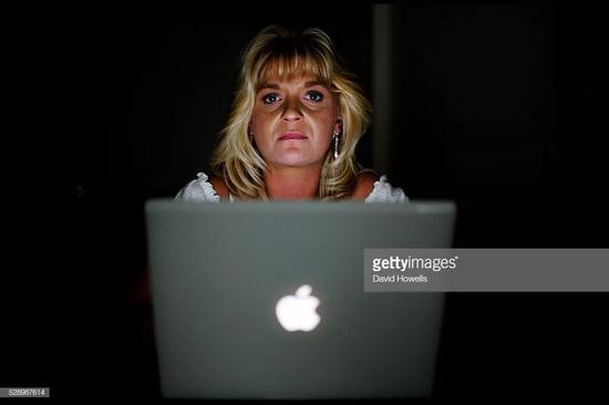 ▲多年来,夏侬用实际行动追求着儿时的爱好:深入杀手的内心,一旦成功,她就会抓住他们。 图据Getty Images