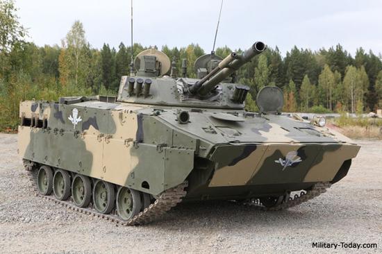 资料图片:俄空降军装备的BMD-4M空降步兵战车。(图片来源于网络)