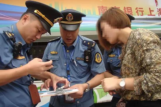 上海查处网约车非法案件158起 超6成涉及滴滴平台