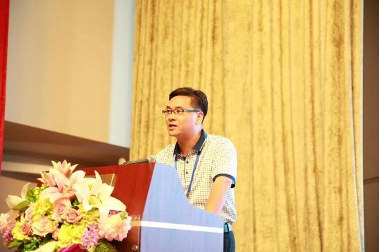 湘潭大学副校长廖永安作主题演讲