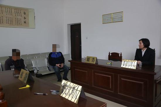 传唤潘某、潘某华至木乐法庭询问财产情况