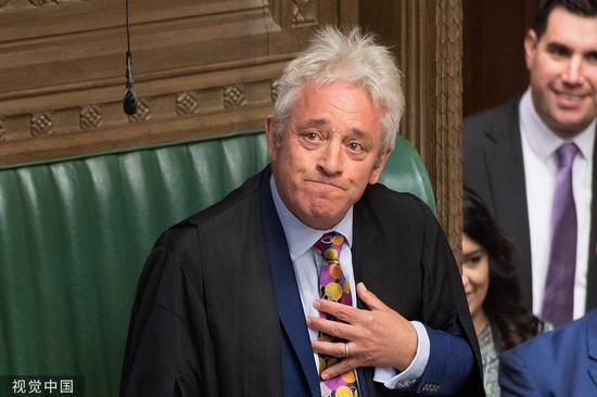 英议会关门最后一刻:提前大选被否 网红议长辞职