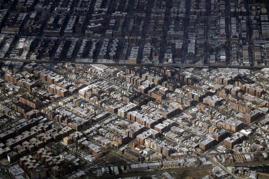 纽约皇后区的住宅群。新华社记者李木子 摄