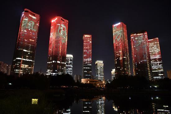 盛世美景 北京多地上演国庆灯光秀(图)