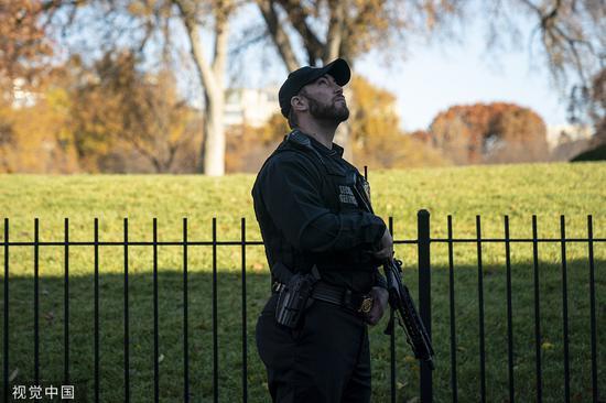 特情局干员在白宫巡逻 @视觉中国