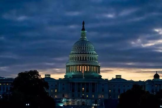 美国那些总统弹劾案因何而起 如何收场?