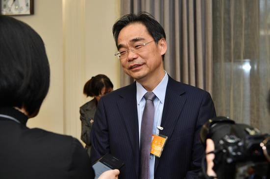 北京生态环境局局长:治理机动车尾气不是挑问题图片